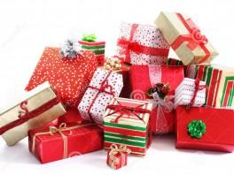 pile-de-cadeau-11266336